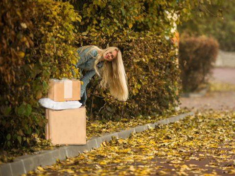 pakketbezorging; verstopt pakket
